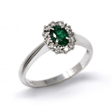 Emerald ring with diamonds - Antea collection