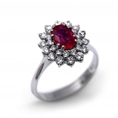 Ring with ruby and diamonds
