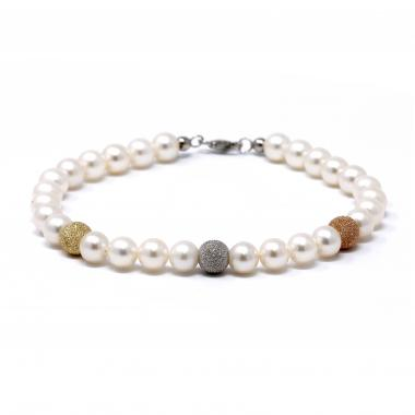 Pearl bracelet with gold spheres